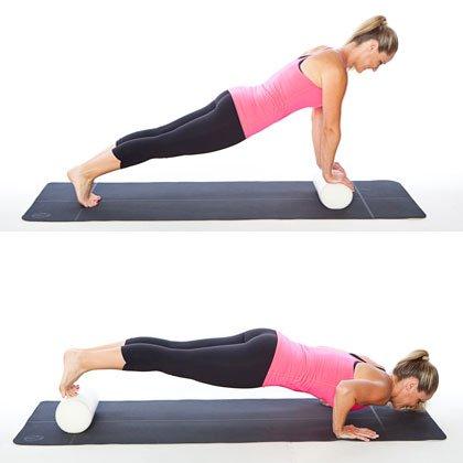 flexiones de brazos con rodillo de foam